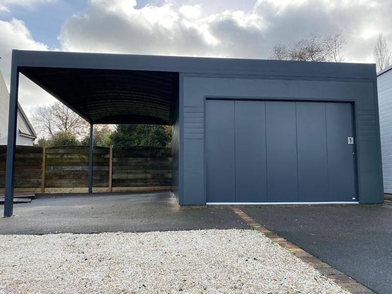 Garage bandeau alu avec carport intégré